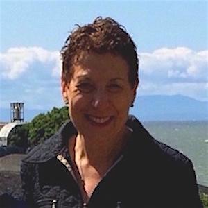 Dr. Laura Mills Bio | Dr. Laura Mills